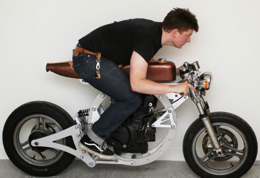 etudiant moto tinker
