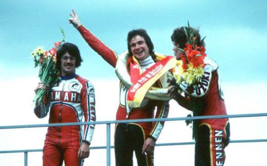 Steve Baker, Barry Sheene et Pat Hennen sur le podium du GP Allemagne 1977